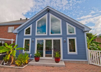 Great contrast colored house with additional space modeling