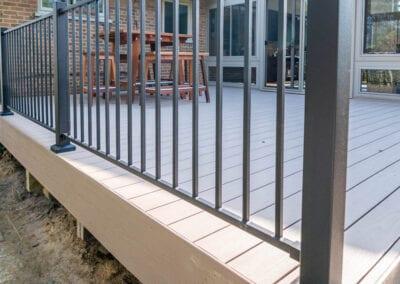 Big iron fenced deck Modeling